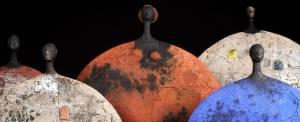 Una variante de la estética de las piezas de cerámica de la escultora. Fuente: Leonhard's Gallery