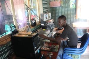 Los estudios de Kabisseu FM en Oussouye
