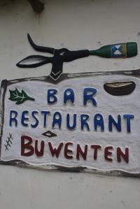 El cartel del restaurante