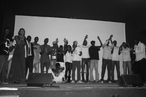 Una imagen de una de las veladas del colectivo de Dakar Vendredi Slam. Fuente: Facebook del colectivo